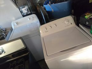 New washer and. Dryer set wirlpool for Sale in Shaker Heights, OH