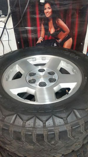"""Wheels and tires 17"""" 6 lug chevy for Sale in Riverside, CA"""