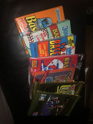 7 unopened packs of 1988-92 Baseball cards for Sale in Bonney Lake, WA
