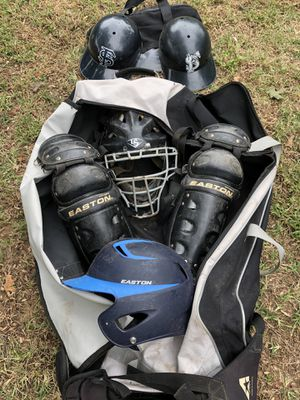 Easton Catchers gear & Under Armor bag for Sale in Fort Smith, AR