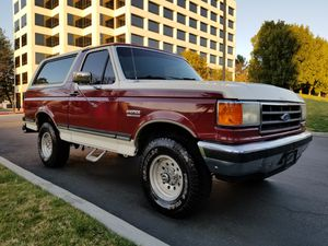 1990 FORD BRONCO XLT 4X4 83K ORIGINAL MILES RUST FREE VEHICLE for Sale in Los Angeles, CA