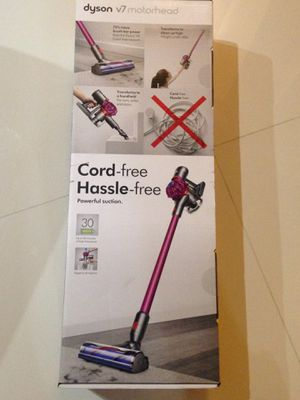 Brand new sealed box Dyson cordless vacuum V7 motorhead for Sale in Coral Springs, FL
