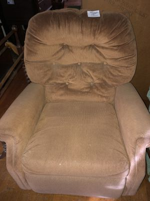 Recliner Chair for Sale in Boonsboro, MD