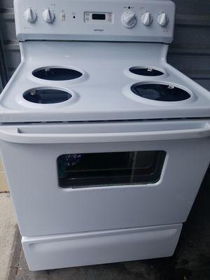 Nice! Hotpoint stove for Sale in Chesapeake, VA