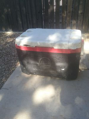 Igloo ice chest cooler for Sale in Gilbert, AZ