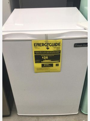 Magic Chef 2.6 cu. ft. Mini Refrigerator in White, ENERGY STAR for Sale in Houston, TX