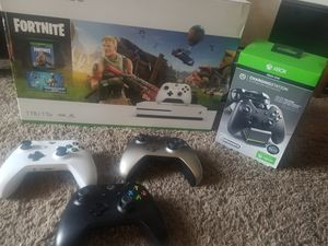 Xbox One S 1TG / TV Bundle for Sale in Vancouver, WA