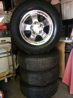 Set of 4 tires Bridgeston dueler A/T Rims P275/65 R18 for trucks for Sale in Turlock, CA