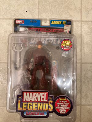 Toy biz 2002 Daredevil w/ comic book and stand for Sale in Acworth, GA