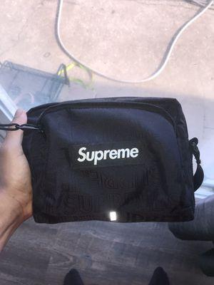 Supreme shoulder bag for Sale in Columbus, OH