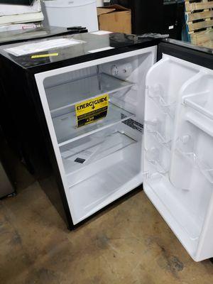 Mini fridge nevera neverita frigobar freezer mini fridge nevera neverita frigobar for Sale in Oakland Park, FL