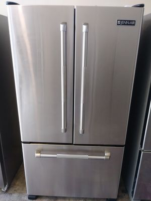 REFRIGERATOR JEEN AIR PRO FRENCH DOORS EXTREMELY CLEAN for Sale in Los Angeles, CA