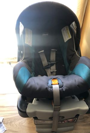 Chico car seat new born for Sale in Los Angeles, CA