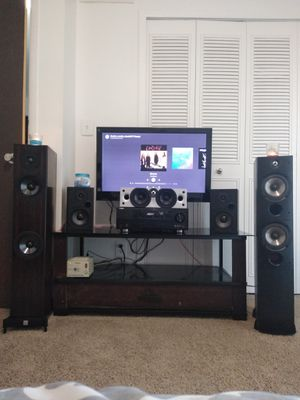 Polk audio bookshelves with receiver and FREE 200 WATT POWERED SUB for Sale in Trenton, MI