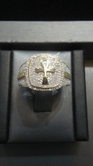 Men's 10kt gold and diamond ankh ring! for Sale in Virginia Beach, VA