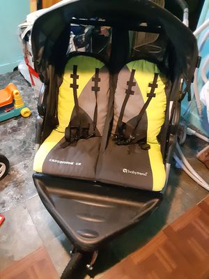 Double stroller for Sale in Chicago, IL