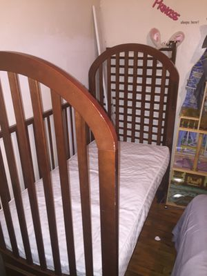 Baby/Toddler Crib & Changing table for Sale in Nashville, TN