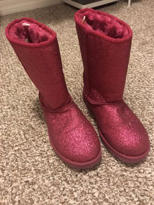 Girls size 2 boots 👢 shoes for Sale in Kissimmee, FL