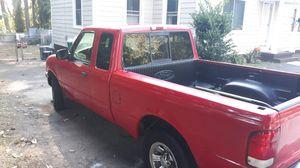 Ford Ranger XLT 2000 for Sale in Smyrna, GA