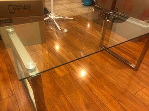 Glass coffee table for Sale in Union City, NJ