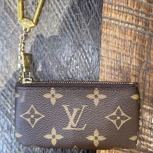 Louis Vuitton Key Pouch for Sale in Midway City, CA