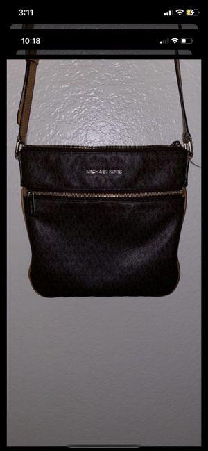 Michael Kors satchel for Sale in Clovis, CA