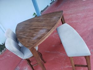 Dining table and chairs for Sale in Pacifica, CA