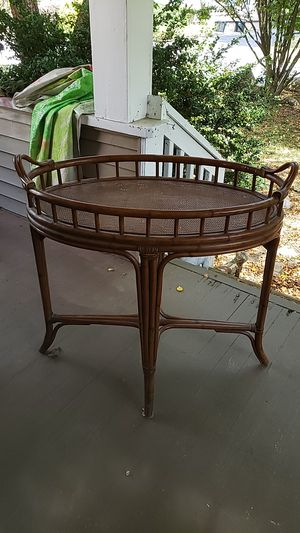 Antique bamboo wicker table for Sale in Park Ridge, NJ