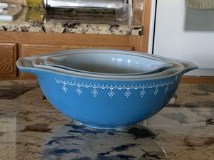 Pyrex Vintage Mixing Bowls for Sale in Apple Valley, CA