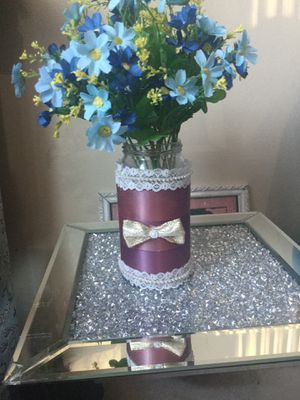 Flower pot without flowers for Sale in Dearborn Heights, MI