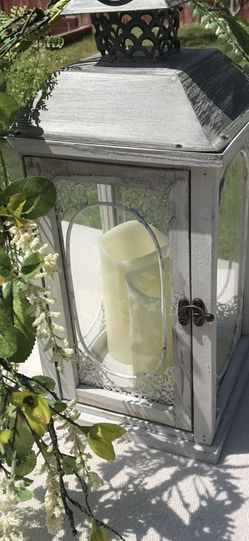 Wedding Lanterns With Vines and Candle for Sale in Fontana,  CA