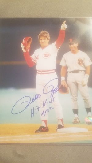 2 Pete Rose sign autographs also one from spring training 1963 2 picture autographs for Sale in Lubbock, TX