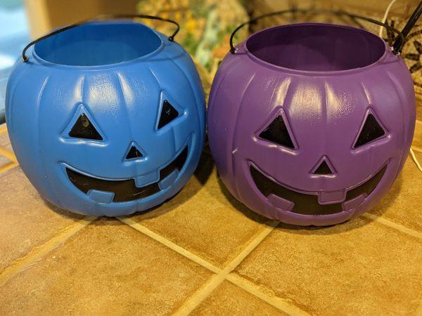 Free Pumpkin Buckets