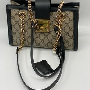 Gucci Shoulder Bag for Sale in West Bloomfield Township, MI