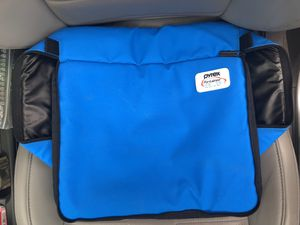 Pyrex Casserole Carrier (blue) for Sale in Arlington, TN