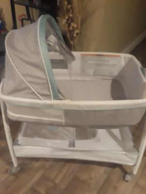 Bassinet for Sale in Compton, CA
