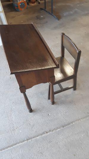 Kids desk for Sale in Phoenix, AZ