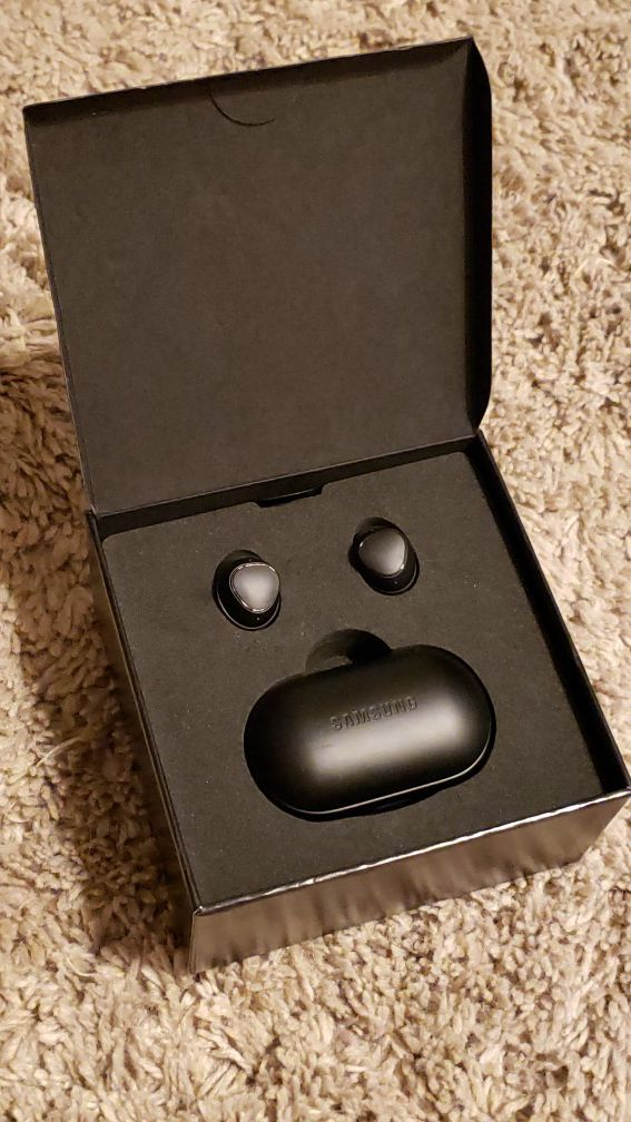 Samsung Gear Iconx Bluetooth Wireless Headphones