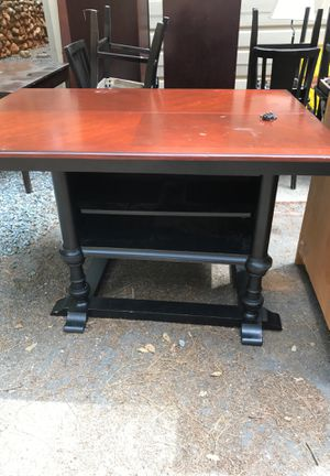 Bar height kitchen table and chairs for Sale in Foresthill, CA