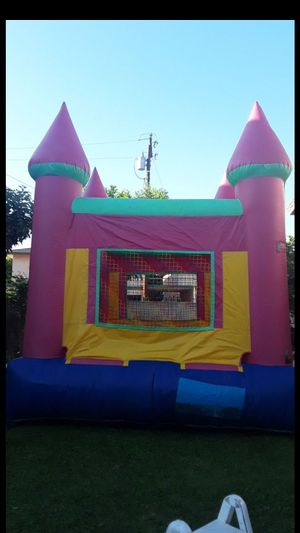 CASTLE JUMPER for Sale in Chino Hills, CA