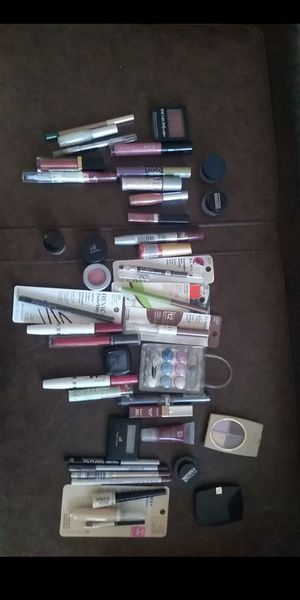 Make up for Sale in Phoenix, AZ