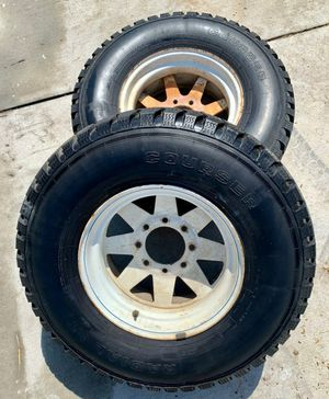 """Pair of Two 8 lug Steelies for a classic Chevrolet C20 or Ford F250 33"""" tires for Sale in San Fernando, CA"""