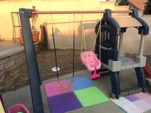 Little tikes swing set for Sale in Upland, CA
