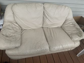 Beige Leather Couch for Sale in Watertown,  MA