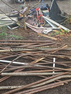 Free Scrap Metal For Recycling for Sale in Seattle,  WA