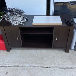 TV Stand Entertainment Center for Sale in Washougal,  WA