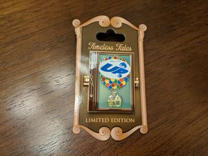 Disney limited edition 3000 timeless tales pixer up pin with Carl and Ellie for Sale in Glendale, AZ