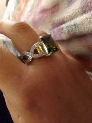925 Sterling Silver PeriDot Ring for Sale in Las Vegas, NV