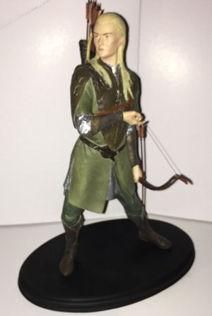 Legolas Greenleaf Polystone Statue by Sideshow Collectibles for Sale in Queens, NY