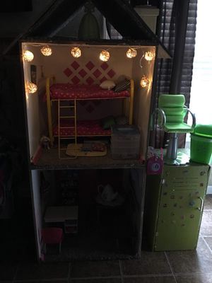 American girl doll house comes with all you see in pictures for Sale in Smyrna, TN